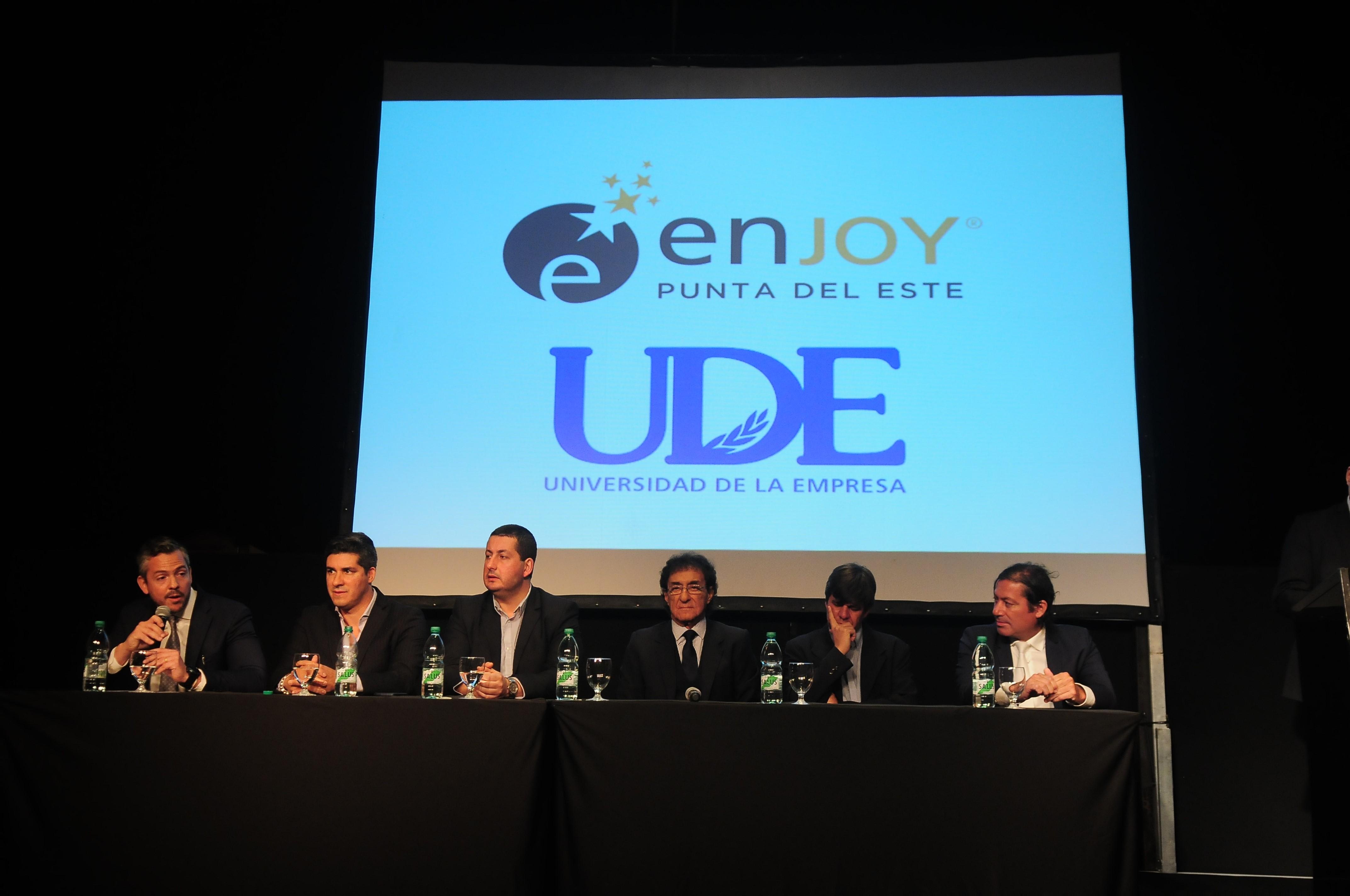 Lanzamiento <br> Programa Experto en Turismo y Entretenimiento.