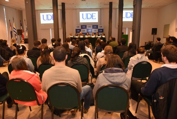 Conferencia en Colonia - P+¦blico