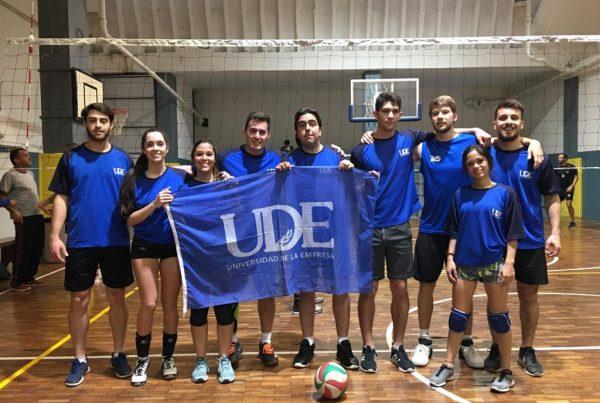 Deportes UDE <br> Voleibol mixto 4