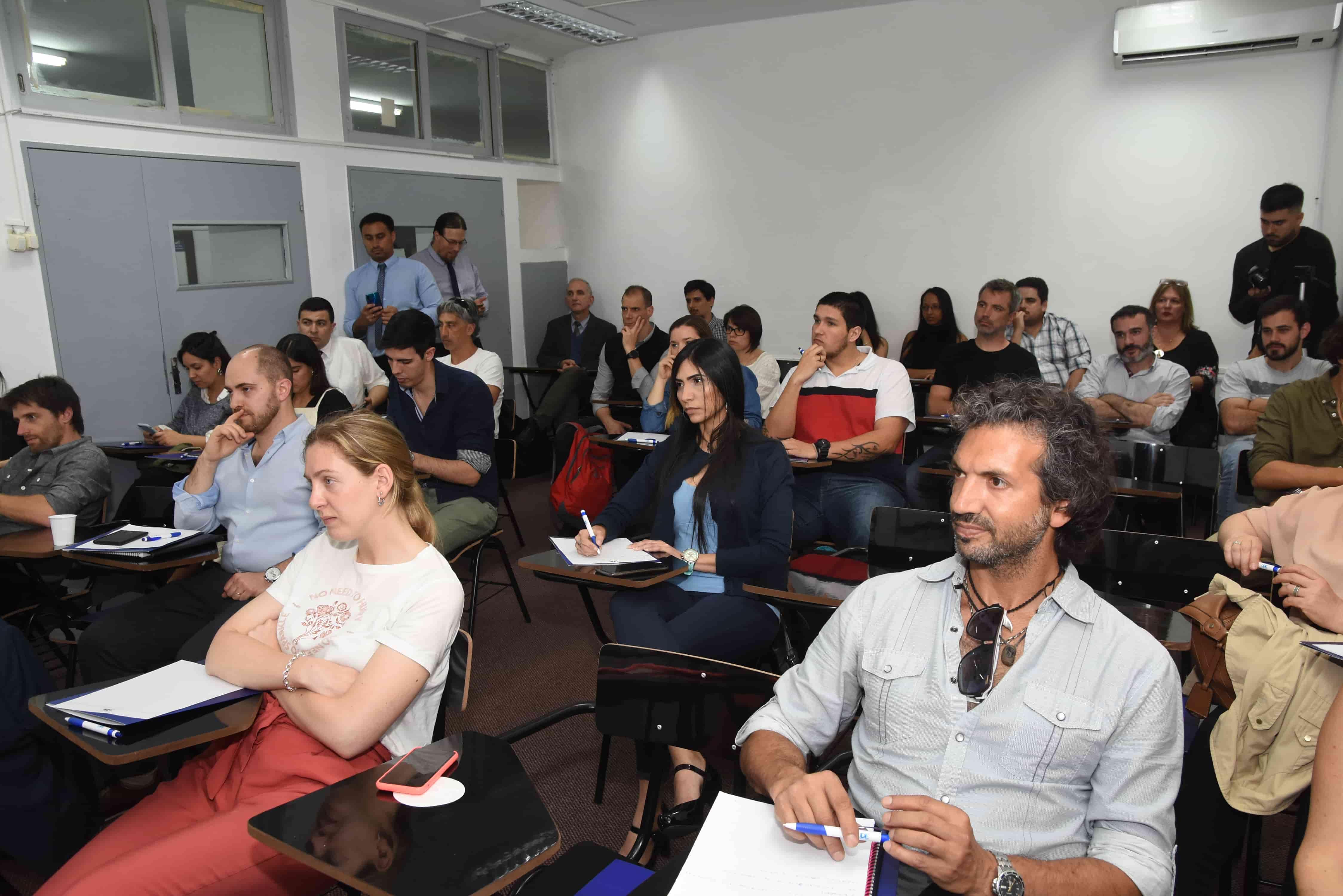 Seminario Ingeniería Digital <br> en Sede Pocitos