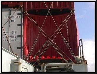 artículo de contenedores en alta mar