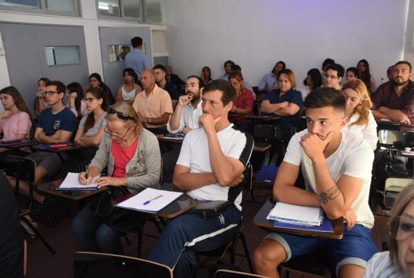 Un seminario con cuerpo y alma <br>en UDE Pocitos 25