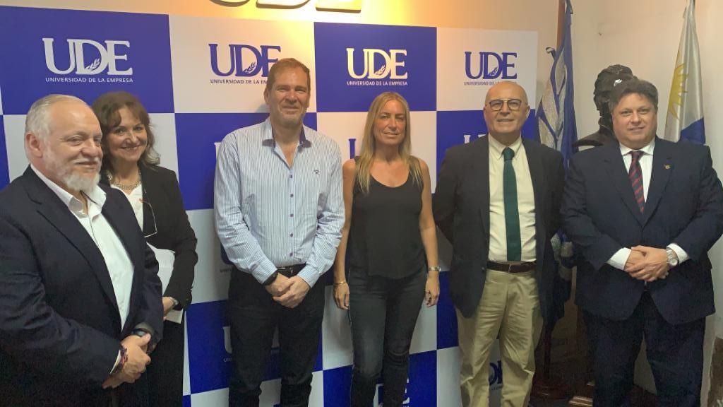 Intercambio académico <br> UCES | UDE