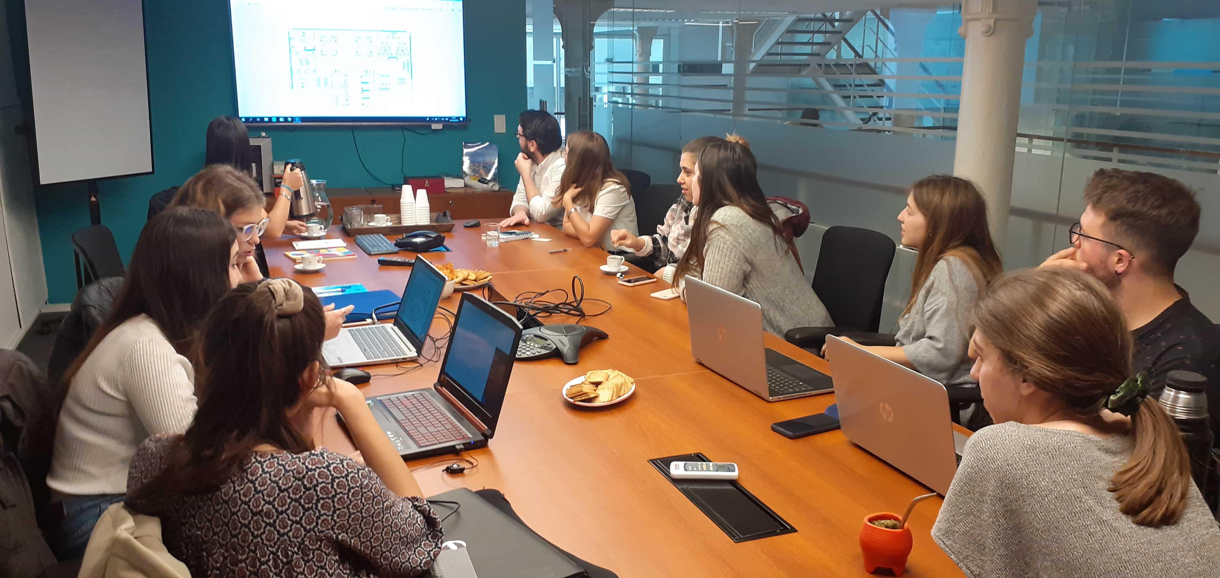 Diseño y Desarrollo Sustentable<br> Visita a Uruguay XXI