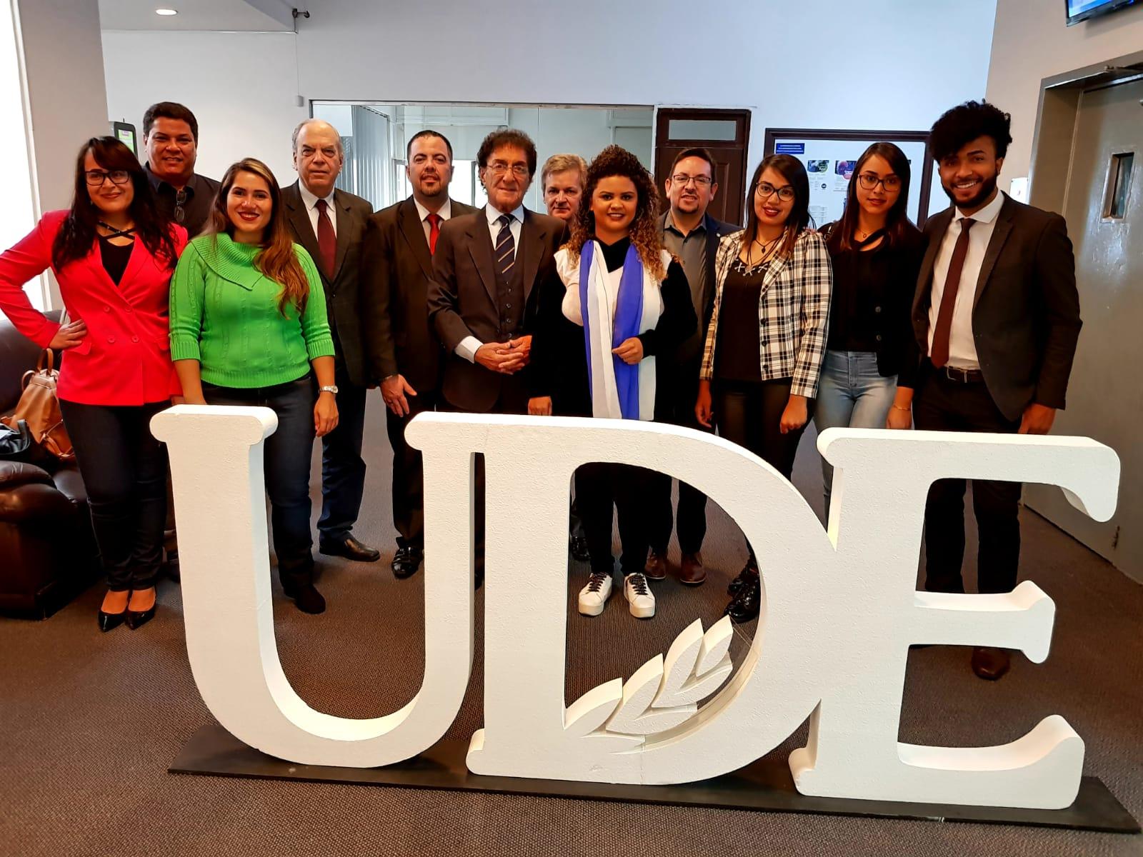 Convenio de cooperación<br> LS Educacional de Brasil