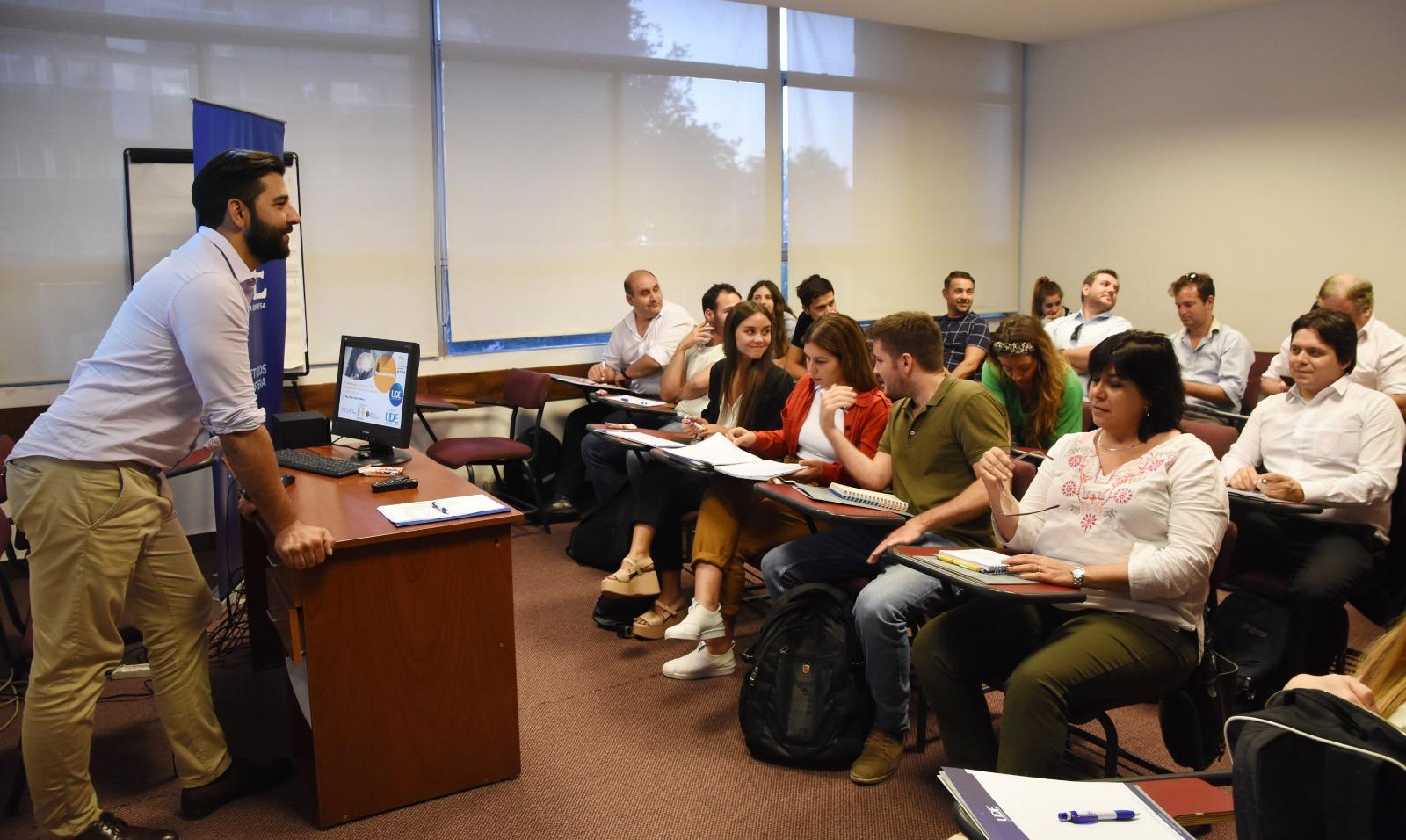 Otro exitoso Seminario en UDE <br> Neuromarketing