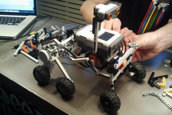 EDU School<br> Líder en robótica y nuevas tecnologías 4