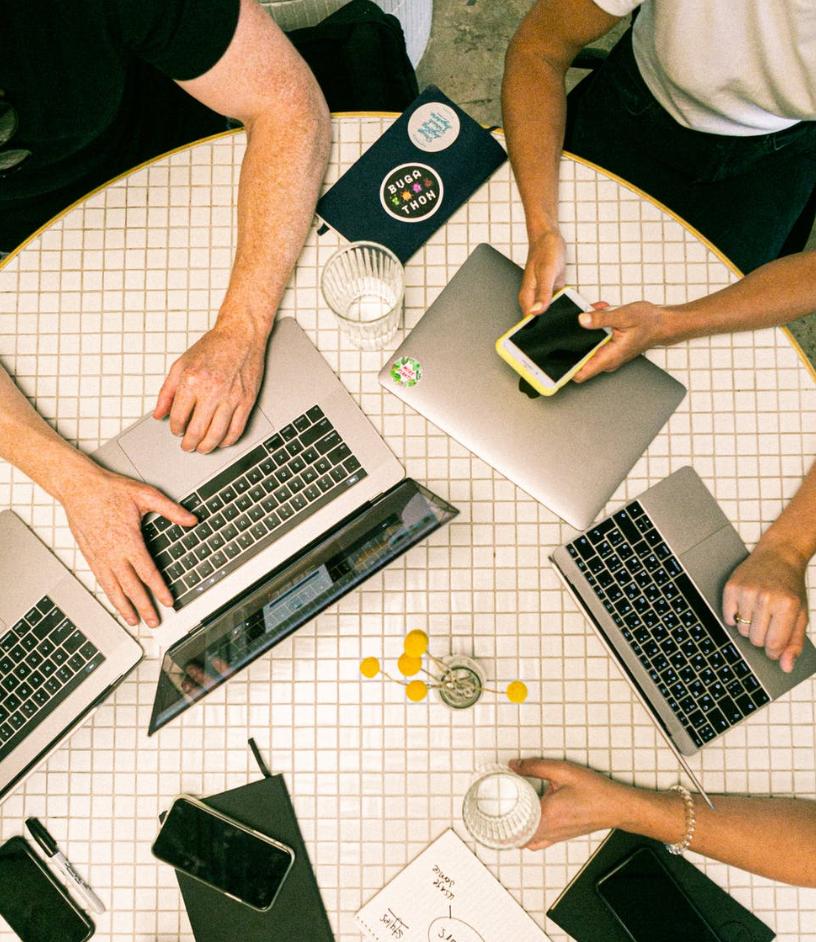 UDE a la vanguardia en los Retos de enseñar y aprender Marketing Digital